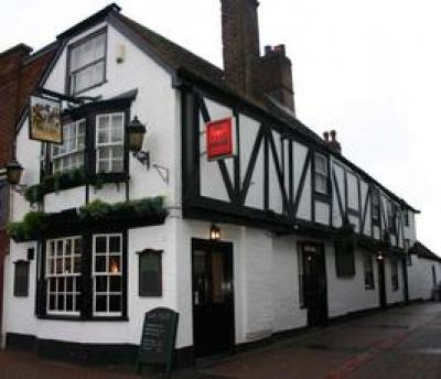 Wat Tyler Inn